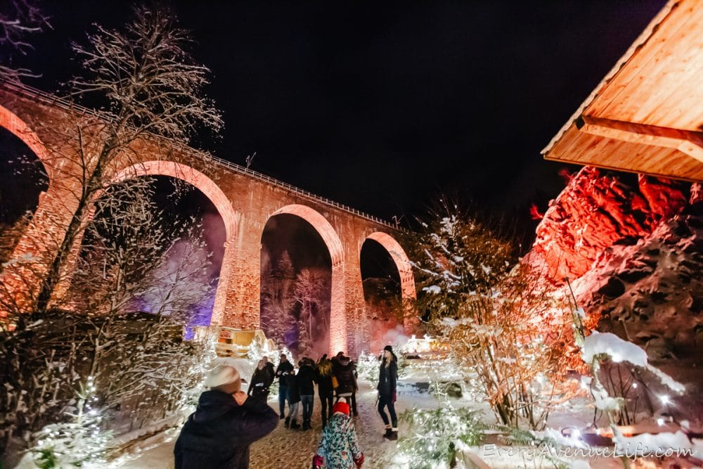 moms blogging every avenue liferavenna gorge christmas market 1248