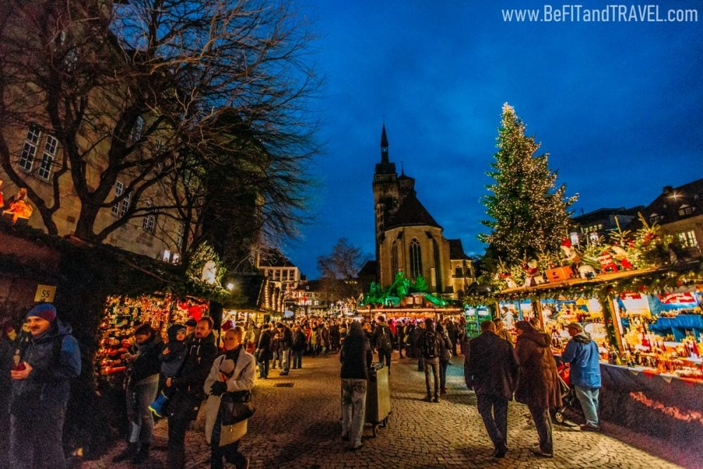 travel couple blog christmas market 3077